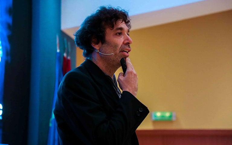 """Mariano Sigman inaugura nuestro ciclo de conferencias """"Laboratorio de nuevas ideas y tendencias"""""""